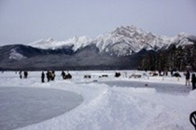 image 1 for Coast Pyramid Lake Resort in Jasper