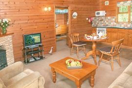 Ford Farm Lodges - Kilcot Spa in Newent