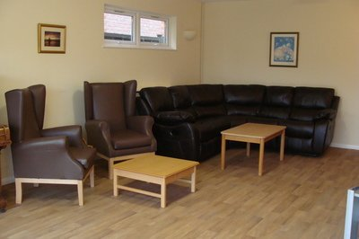 Accessible holiday bungalow with profiling bed in Bognor Regis, Sussex