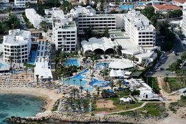Hotel Adams Beach in Nissi Beach