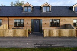 Accessible Pine Cottage in Hambleton