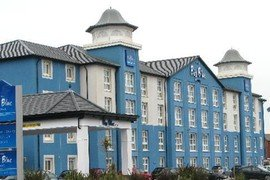 Big Blue hotel in Blackpool