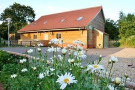 Greenbanks - Self-Catering Barn in Dereham