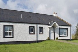Pine cottage in Stranraer