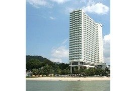 Rainbow Paradise Beach Resort in Penang