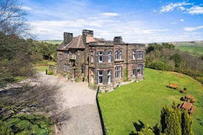 Accessible disabled access luxury manor house in Staffordshire, UK