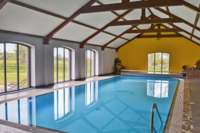 Accessible disabled access luxury cottage with hot tub and pool in Cumbria, UK