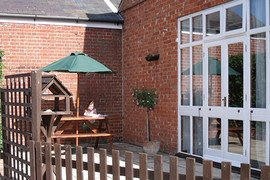 Hall Farm Cottages - Meadowview Cottage in Wroxham