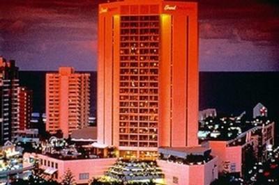 luxurious gold coast hotel 63744 in broadbeach at