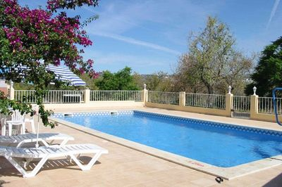 Accessible villa with pool hoist in the Algarve