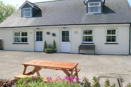 Mefysen (Strawberry) cottage in Pembrokeshire