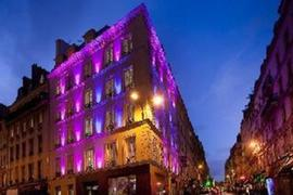 Hotel Design Secret de Paris in Paris