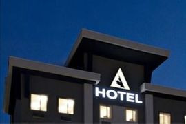 Acclaim Hotel in Calgary
