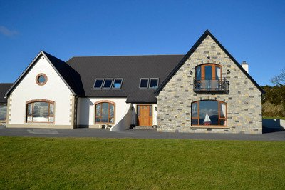 Attractive and accessible bed and breakfast with profiling bed for hire, County Donegal, Ireland