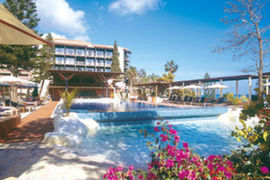 Columbia Beach Hotel in Pissouri