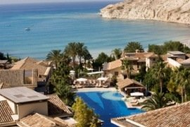 Columbia Beach Resort in Pissouri