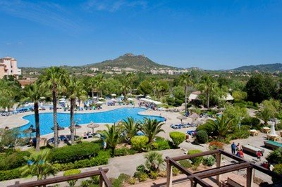 Accessible hotel with pool hoist in Majorca