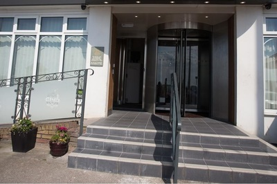 Accessible Promenade Hotel 98157 In Blackpool