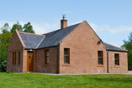 Perch Hall Cottage in Lockerbie
