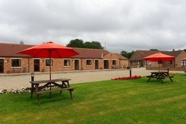 Southolme Lodges - Oak Lodge in Pickering