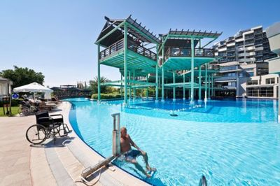 Accessible hotel with pool hoist in Antalya, Turkey