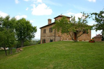 Wheelchair-accessible villa in Val d'Orcia, Tuscany, Italy