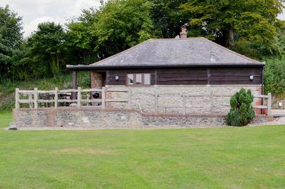 Disabled accessible Dorset holiday lodge