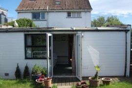 Palm Tree cottage in Shoreham-by-sea