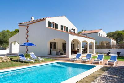 Accessible disabled-friendly Spanish villa with pool, Menorca