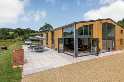 Large wheelchair-accessible barn conversion in Devon