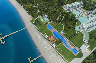 Accessible hotel with pool hoist in Belek, Turkey