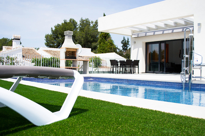 Accessible villa with pool hoist in Costa Blanca, Spain