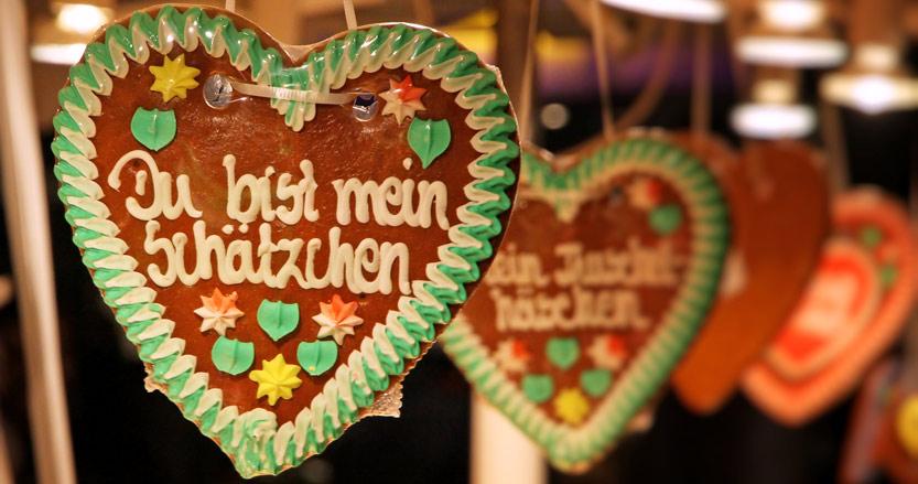 Gingerbread hearts at a German Christmas market
