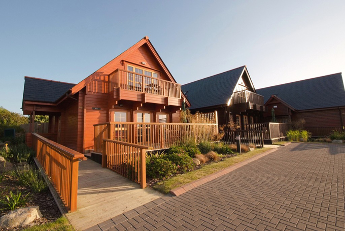 Luxury disabled holiday lodge in Cornwall