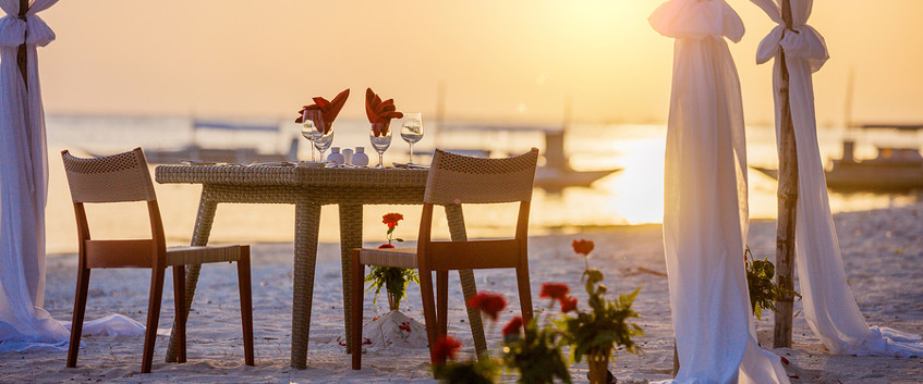 Valentine's Day meal on the beach