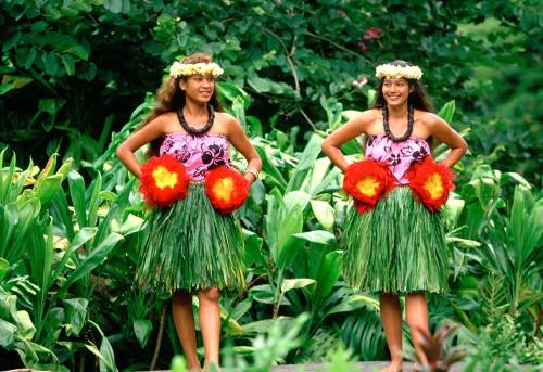 Hawaii women in traditional dress